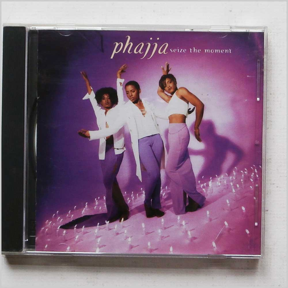 Phajja - Seize the Moment (93624631927)