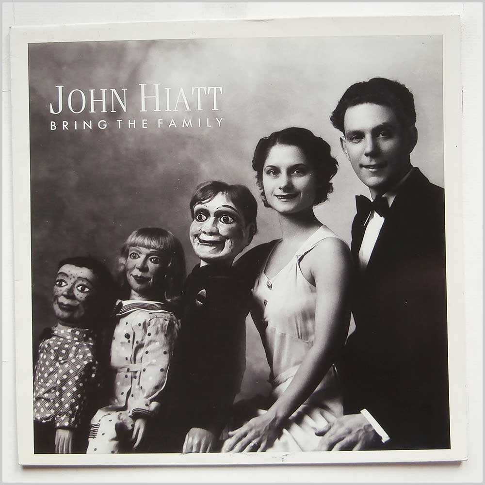 John Hiatt - Bring The Family (FIEND 100)